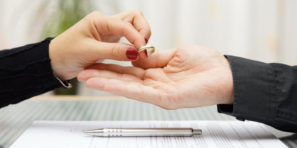 פתיחת תיק ברבנות לגירושין